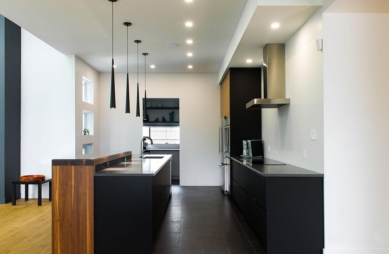 images des cuisines modernes 45 cuisines modernes et. Black Bedroom Furniture Sets. Home Design Ideas